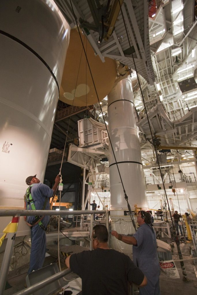STS-135 ET-138 External Tank Mated to SRB's 2011-3047