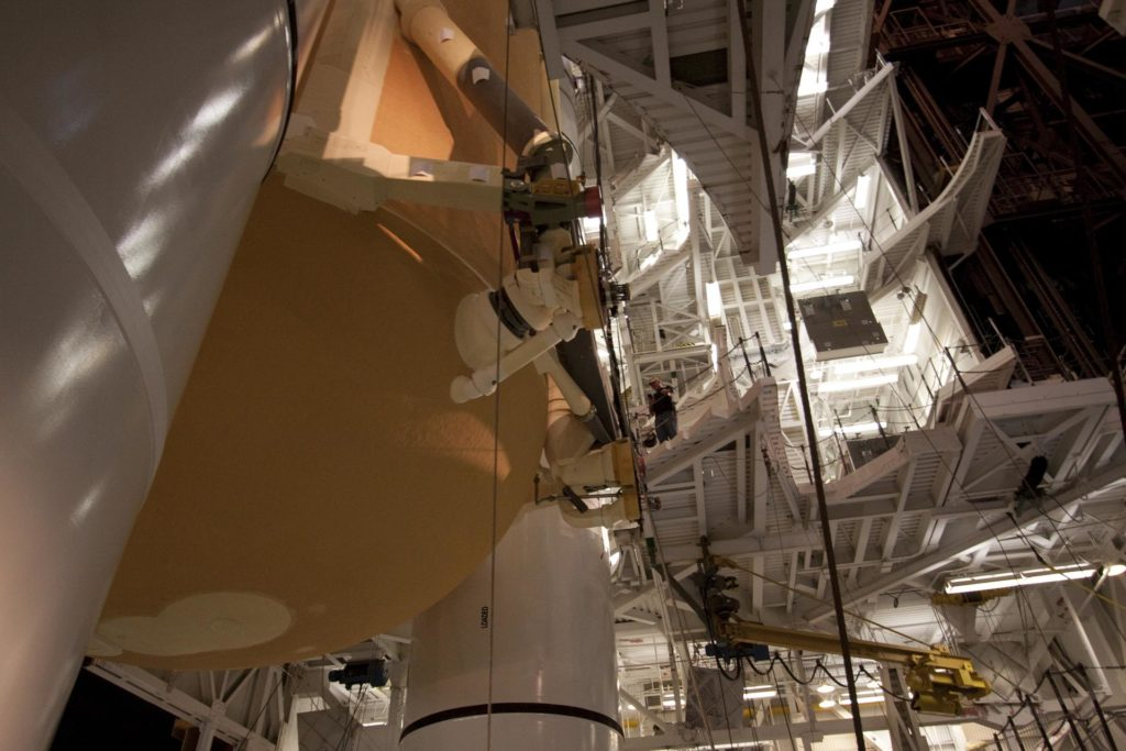 STS-135 ET-138 External Tank Mated to SRB's 2011-3048