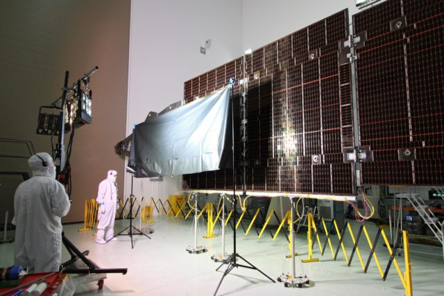 juno spacecraft solar panel - 1024×682
