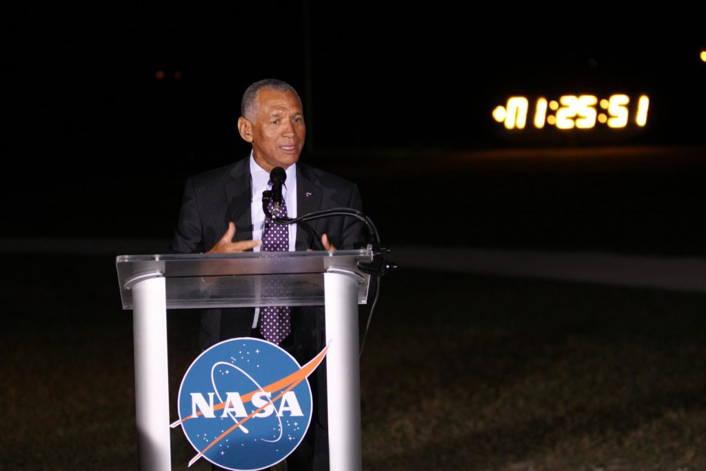 SpaceX Falcon 9/COTS 2 - Charles Bolden talks to the media after launch 2012-2901