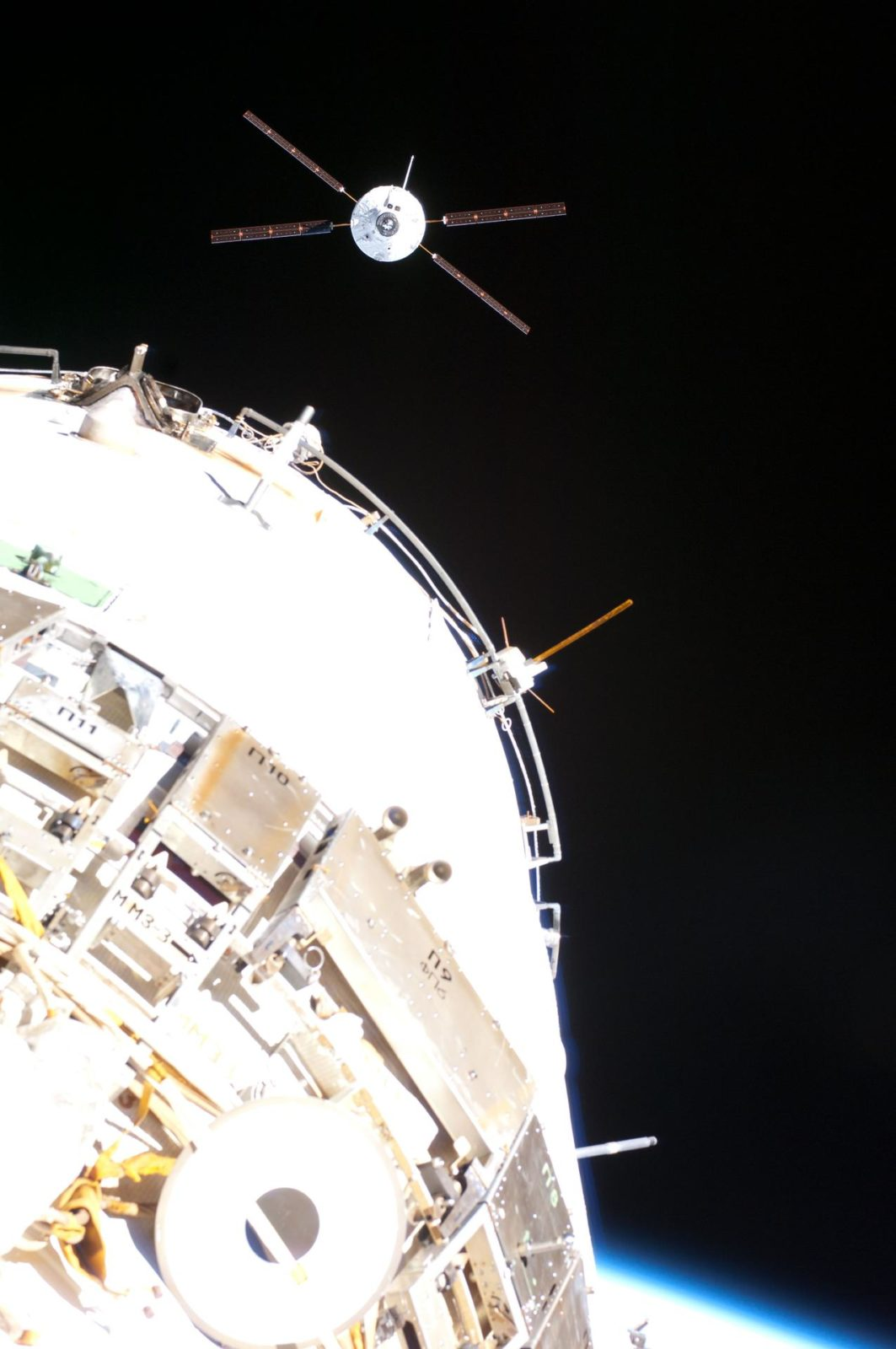 ATV-4 approach to ISS