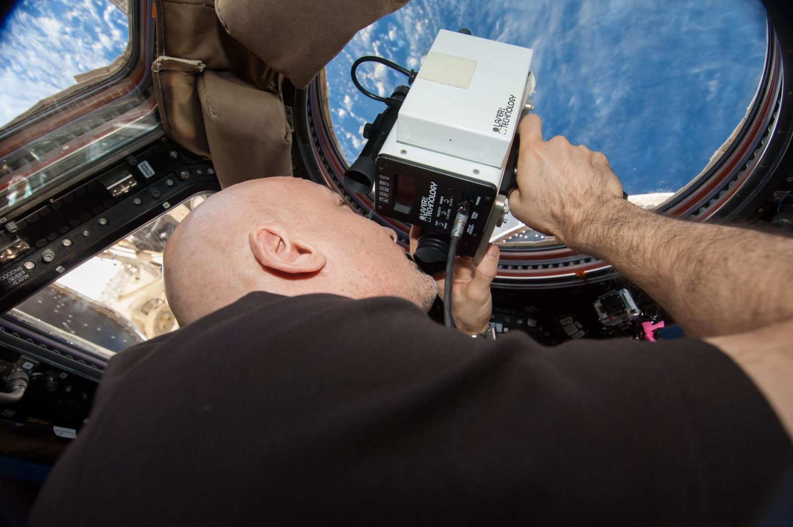 Documenting Cygnus Capture by Canadarm2
