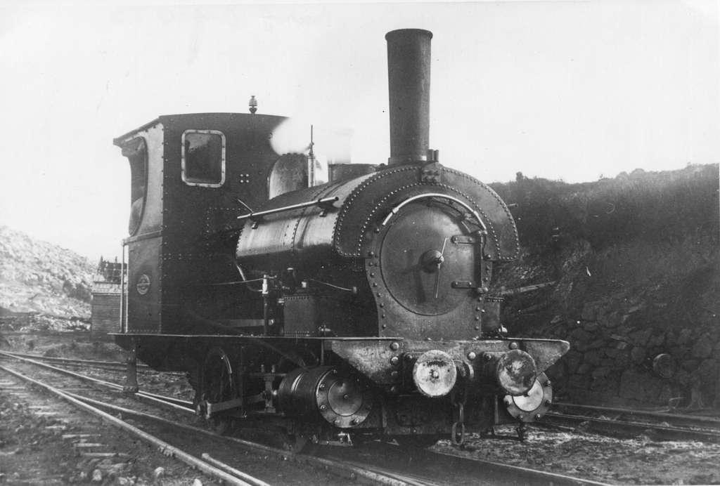 Mt Bischoff 3ft gauge Beyer Peacock 0-4-0ST (11620352593)