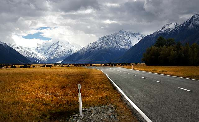 Road to Mount Cook.NZ
