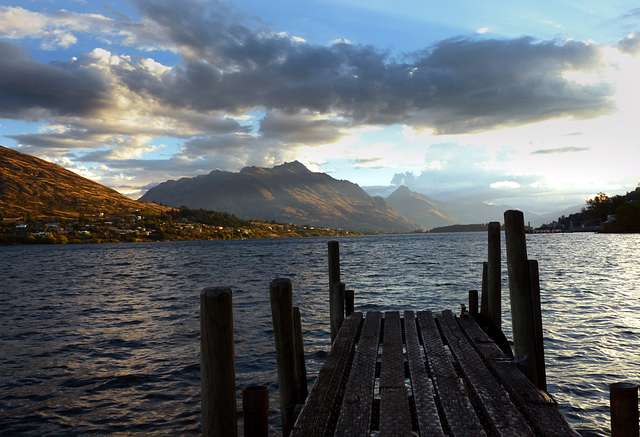 Evening Frankton Arm Queenstown.FZ200