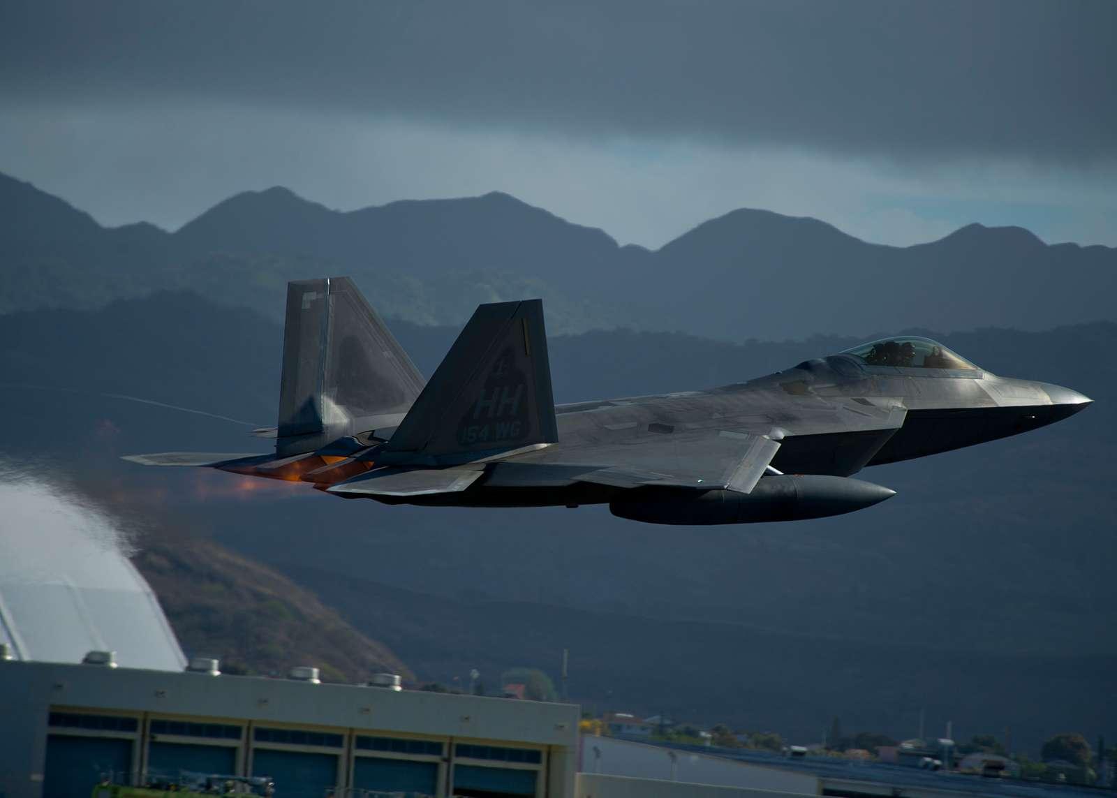 Lockheed Martin Aeronautics YF-22 Raptor