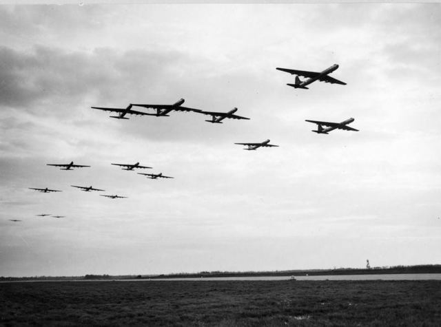 B-36 Formation 1