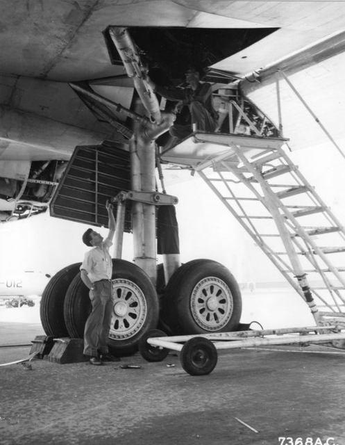 B-36 Landing Gear 1