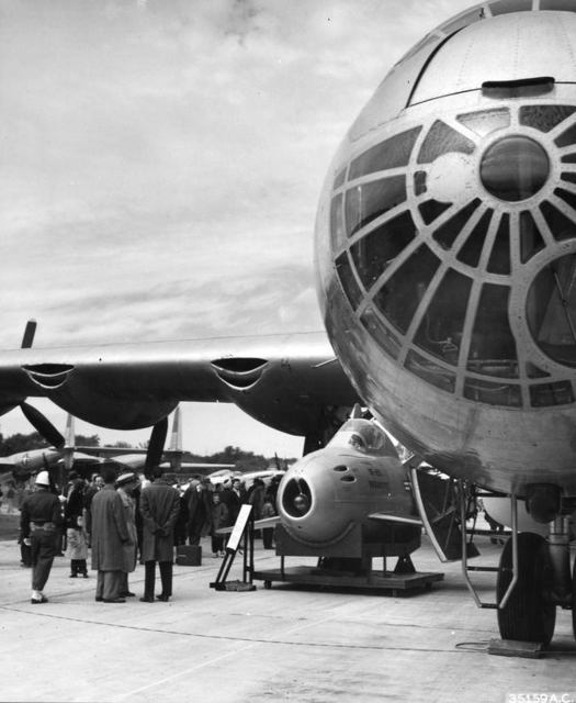 B-36 with F-85 St Louis