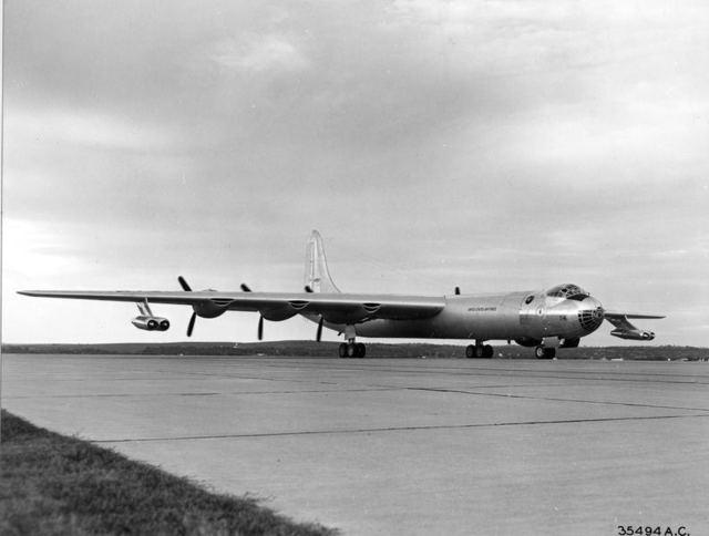B-36D No Sway Struts 1