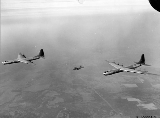 B-36s with B-25