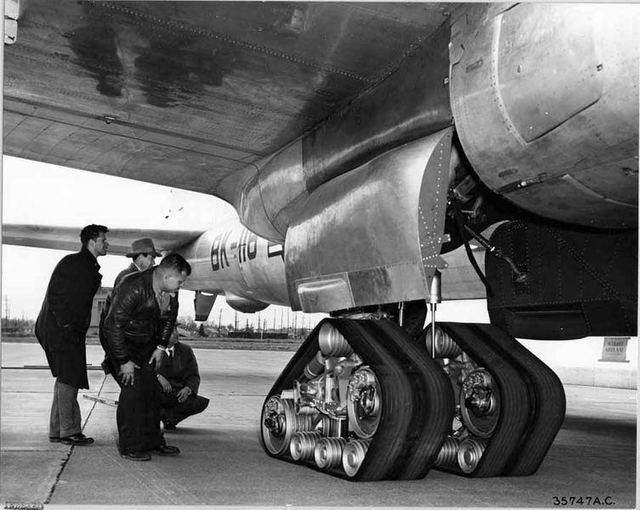 B-50 Track Gear 2