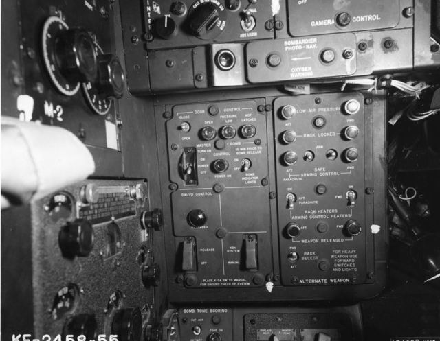B-52 Bombardier Panel