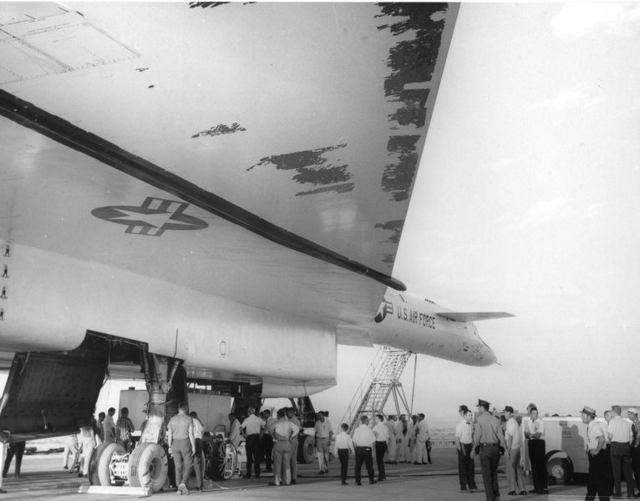 B-70 2-й полет