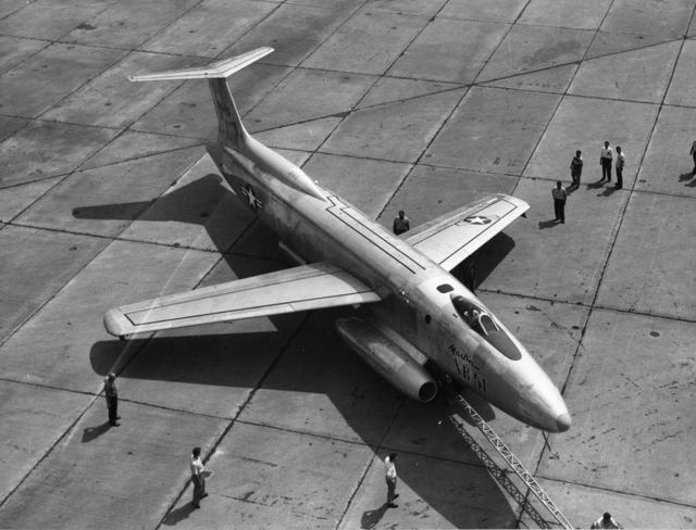 XB-51 High Front Quarter