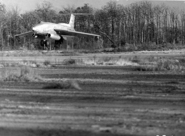XB-51 Landing 1