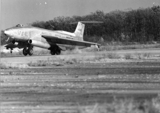 XB-51 Landing 2