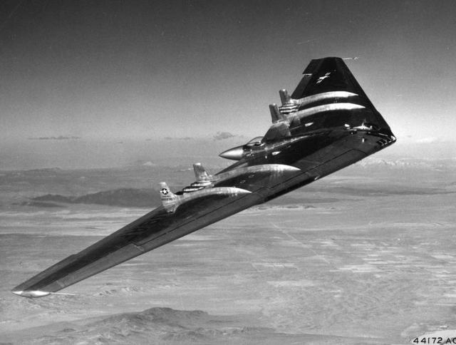 YB-49 In Flight