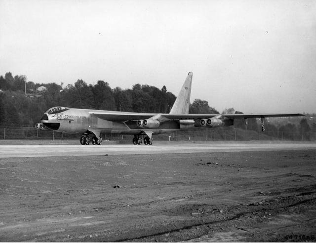 YB-52 Take Off 1