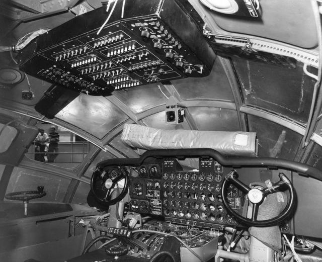 YB-60 Pilot Station