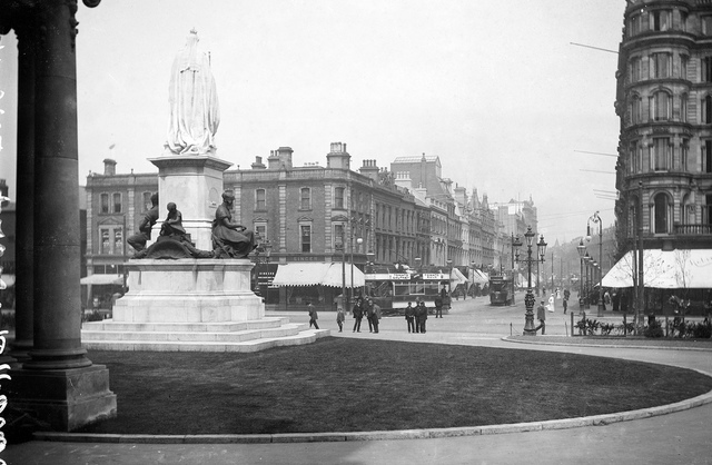 """""""Unidentified"""" = City Hall, Donegall Square, Belfast"""