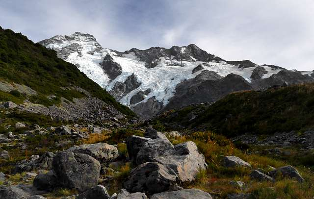 The Moorhouse Range. Mt Cook NP. NZ