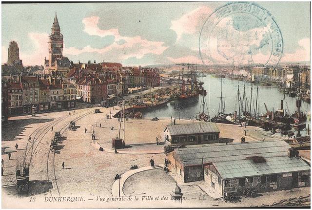 Postcard: Dunkerque - Vue generale de la Ville et des Bassins