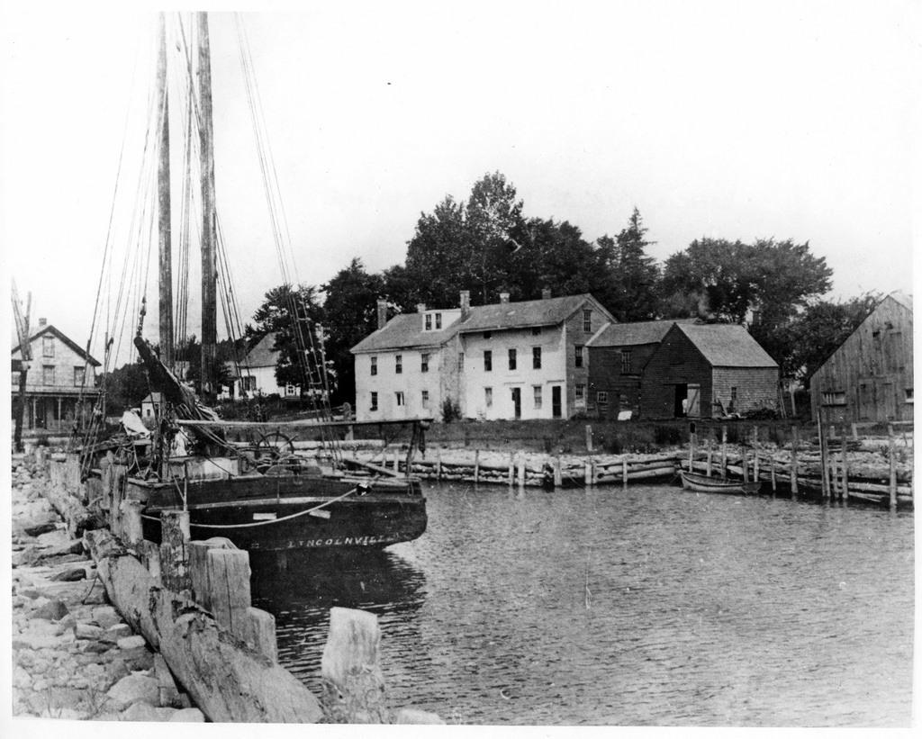 Schooner Lizzie in 1879.tif