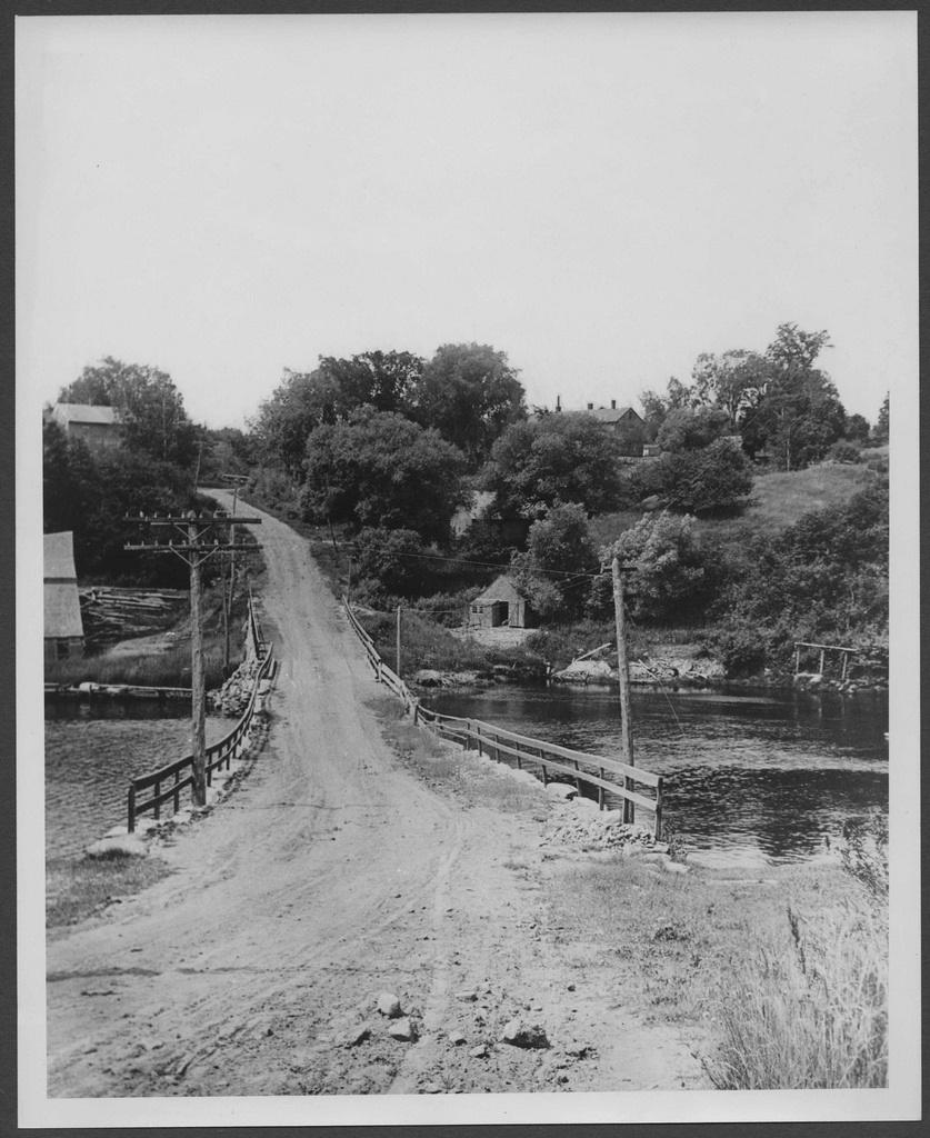Southwest view from Ducktrap Bridge 1890.tif