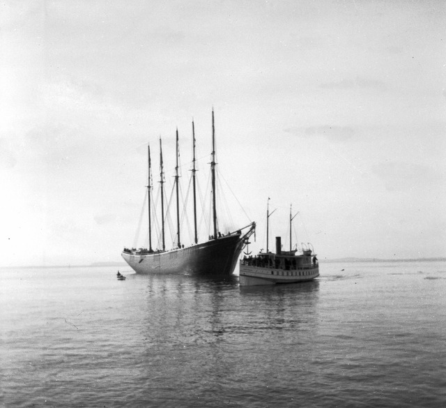 """The 5-masted schooner """"Jennie French Potter"""""""