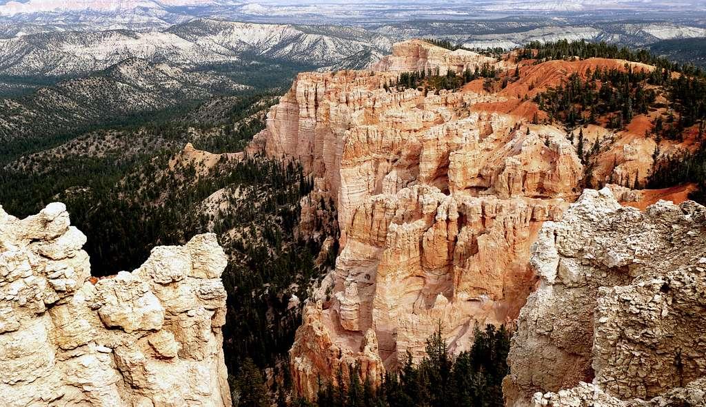 Bryces Canyon.