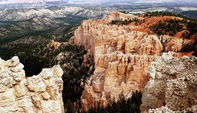 Bryces Canyon.
