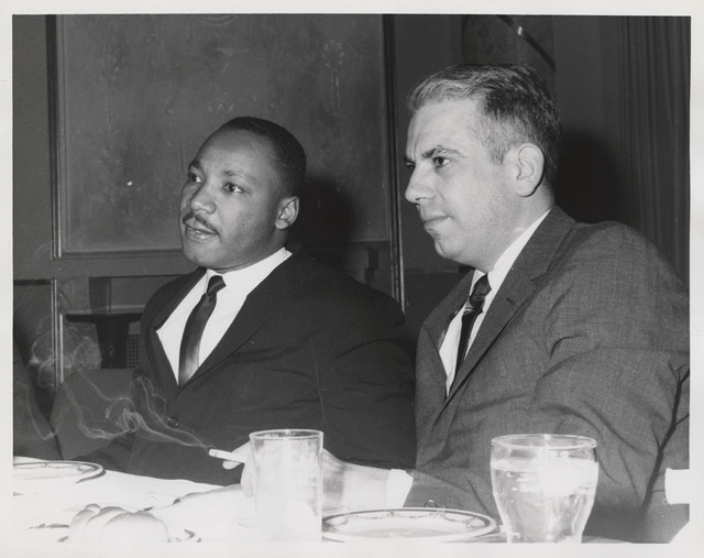 Martin Luther King, Jr. and Robert Wechsler at American Jewish Congress fundraising event