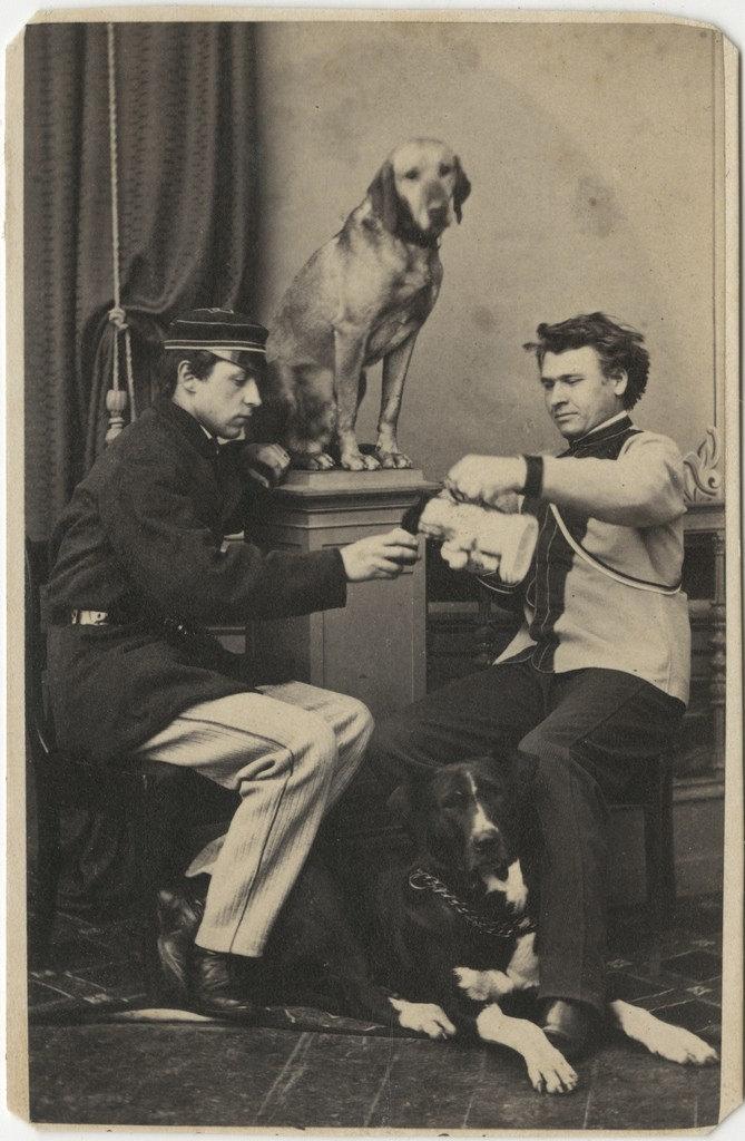 Alexander von Weiss ja Richard von Kügelgen koertega / Alexander von Weiss ja Richard von Kügelgen with Dogs
