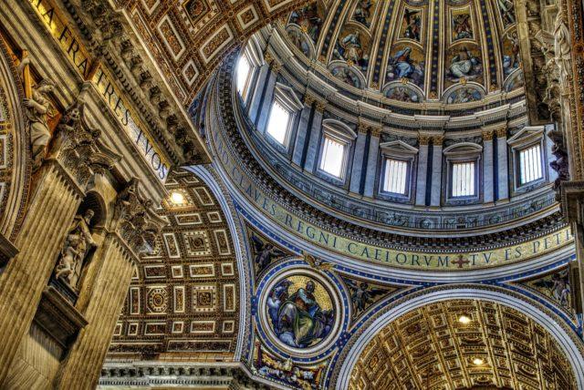 Saint Peter Basilica interior