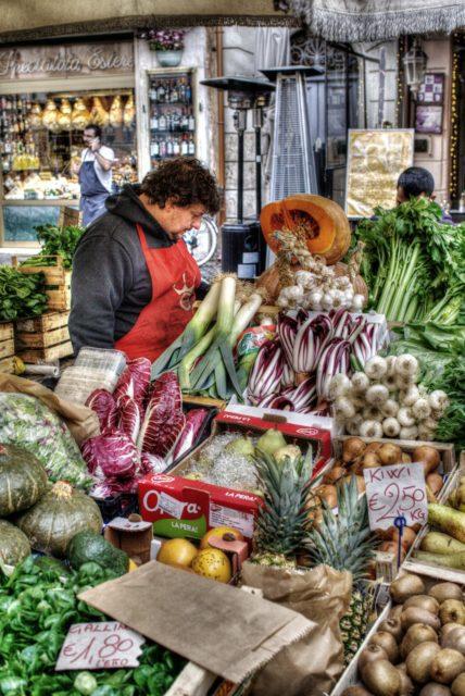 Street market, Rome