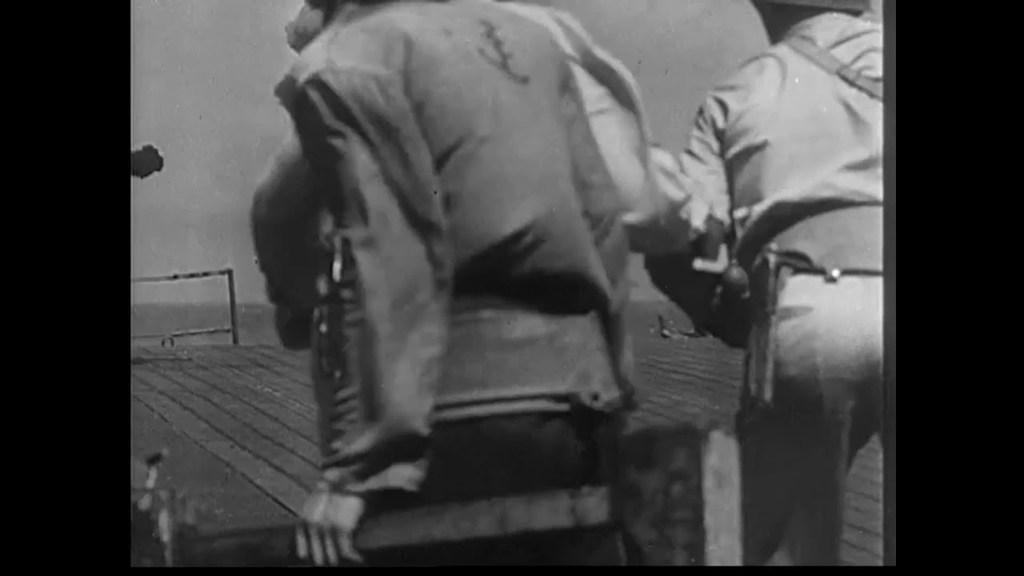 Camera Thrills of the War - Castle Films (Prelinger Archives)