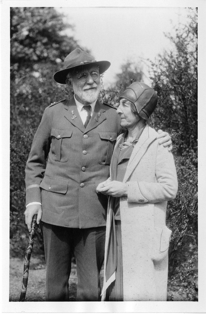 Mary Knapp Strong Clemens (1873-1965) with Joseph Clemens (1862-1936)