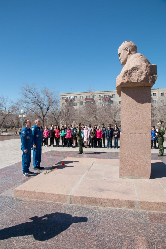 jsc2017e040345 (April 7, 2017) --- In Baikonur, Kazakhstan, Expedition 51 backup crewmembers Sergey Ryazanskiy of the Russian Federal Space Agency (Roscosmos, left) and Randy Bresnik of NASA pay tribute at the statue of Sergey Korolev, the iconic Russian space designer, during traditional pre-launch ceremonies April 7. They are serving as backups to Fyodor Yurchikhin of Roscosmos and Jack Fischer of NASA, who will launch April 20 on the Soyuz MS-04 spacecraft from the Baikonur Cosmodrome for a four and a half month mission on the International Space Station. NASA/Victor Zelentsov jsc2017e040345