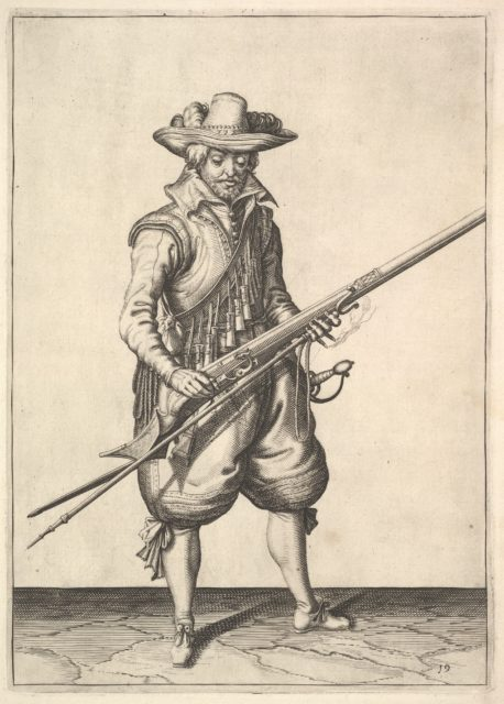 A soldier shaking the powder from the top of the pan, from the Musketeers series, plate 19, in Wapenhandelinghe van Roers Musquetten Ende Spiessen (The Exercise of Arms)