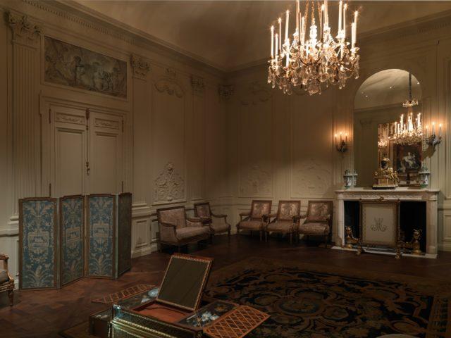 Boiserie from the Hôtel Lauzun