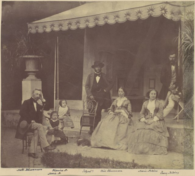 [Group Portrait of the Antoine and Höusermann Families]