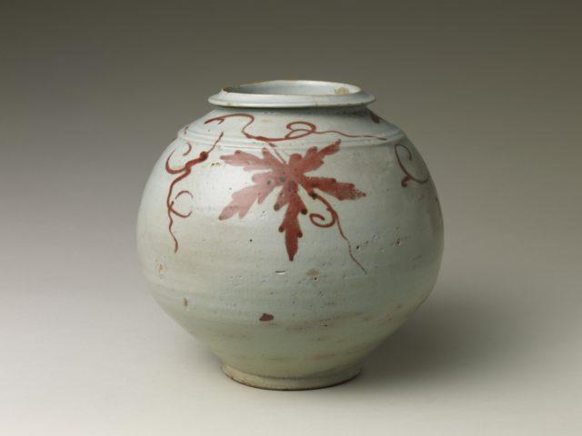 Jar with grapevine decoration