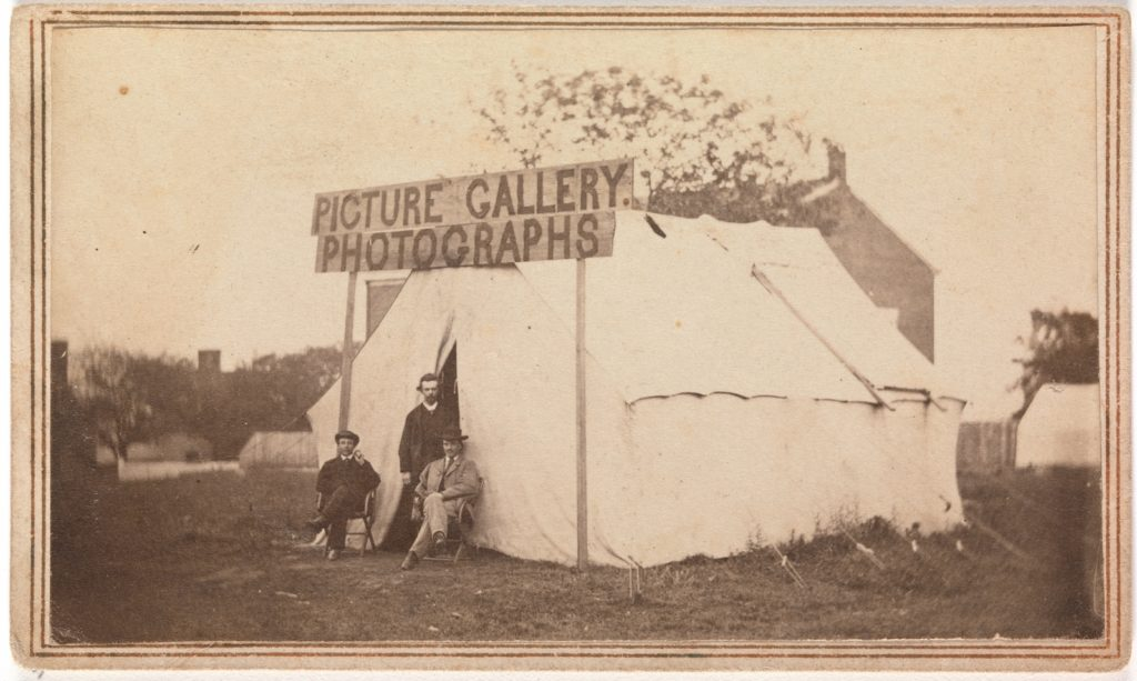 [Picture Gallery Photographs]
