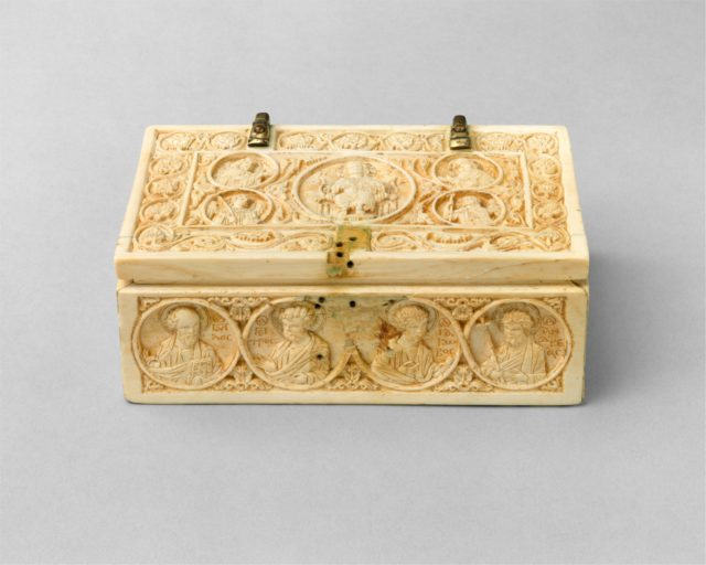 Reliquary Casket with the Deesis, Archangels, and the Twelve Apostles