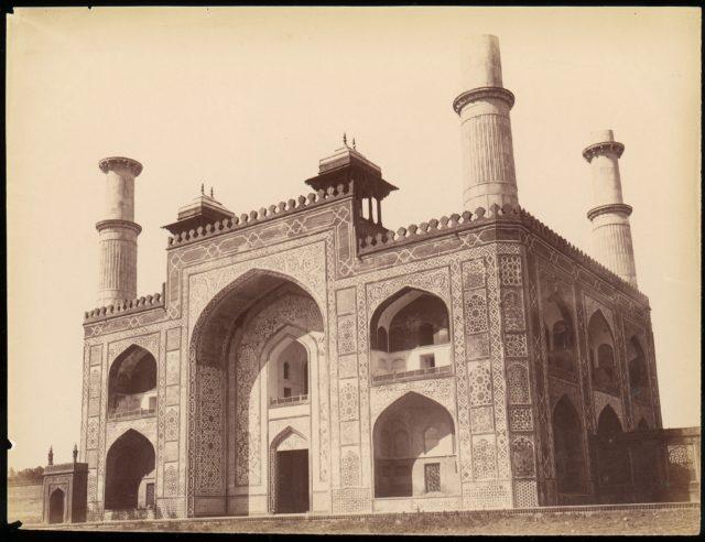 [Akbar's Tomb at Sikandra, India]