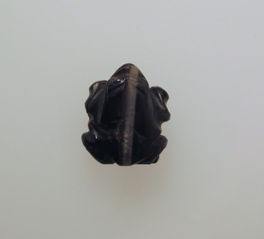 Bead with frog in black agate