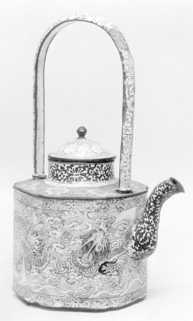 Covered Wine Pot