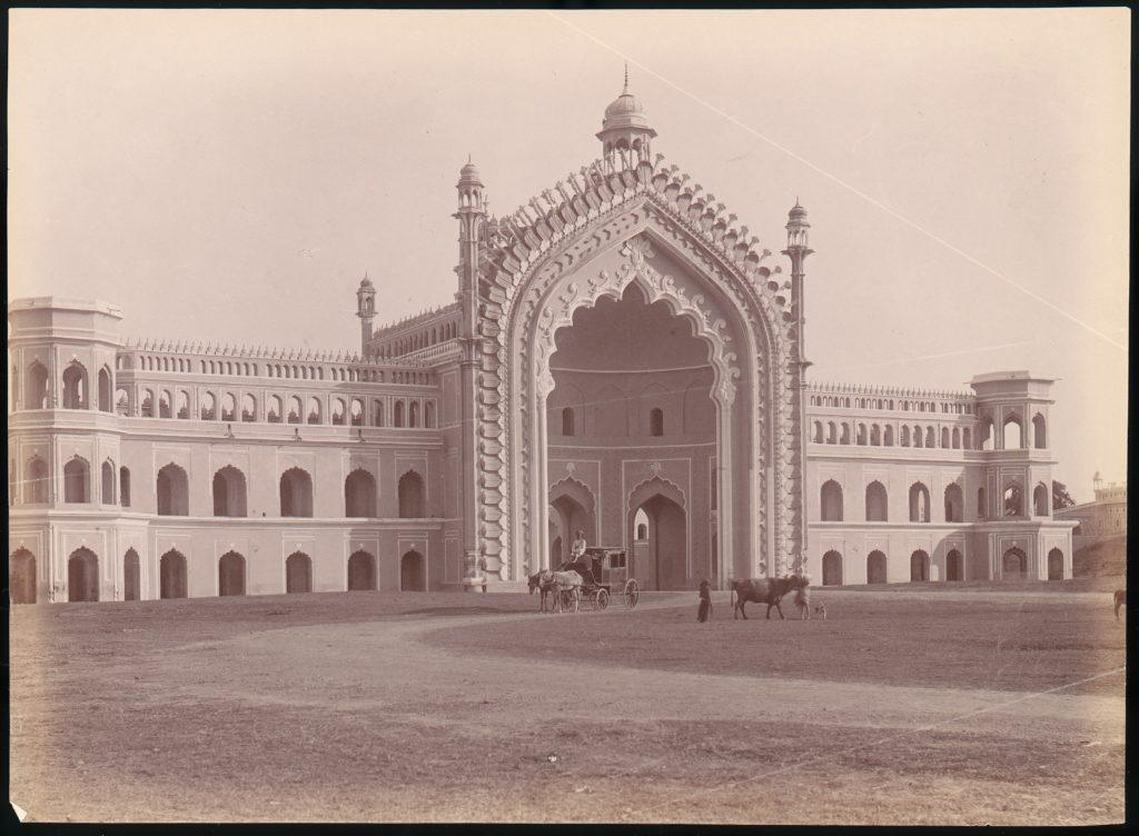 [Rumi Darwaza, Lucknow, India]