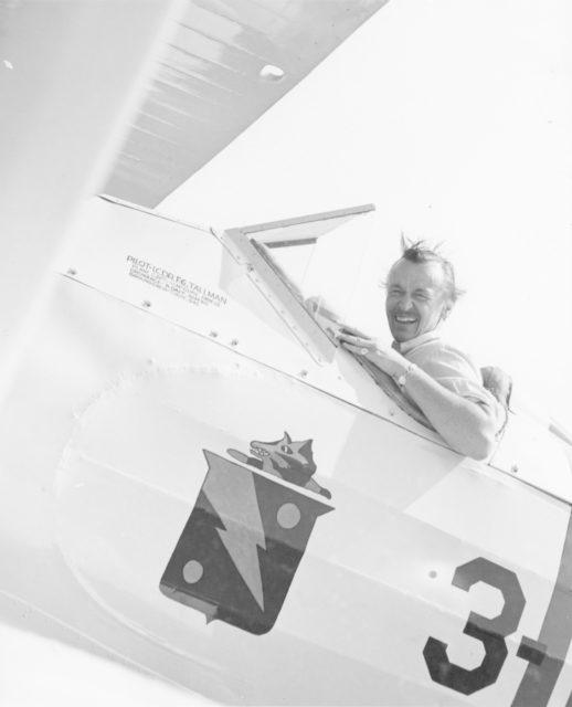 boeing model 100 pilot
